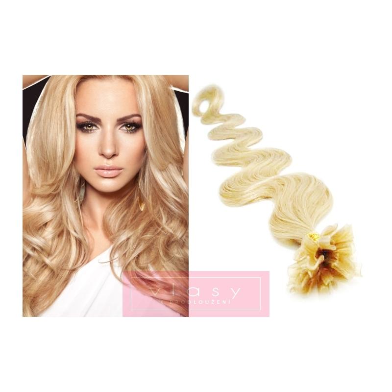 Vlnité vlasy evropského typu k prodlužování keratinem 60cm - nejsvětlejší  blond 50e2d1fc34b
