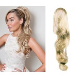 Clip in claw ponytail 24 inch wavy – platinum blonde
